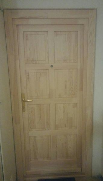 8 kazettás natúr fa bejárati ajtó