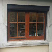 Kétszárnyú fa ablak beépítés Velence