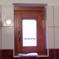 Fürdőszobai fa ablak
