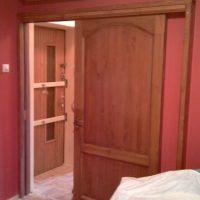Íves tetejű fa beltéri toló ajtó