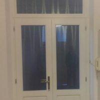 Kétszárnyú csincsilla fa bejárati ajtó
