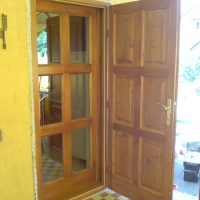 Dupla bejárati ajtó
