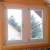 Fa ablak régi tokba