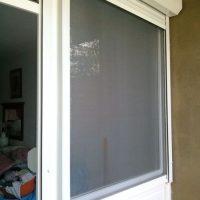 Fa ablak szúnyoghálós redőnnyel